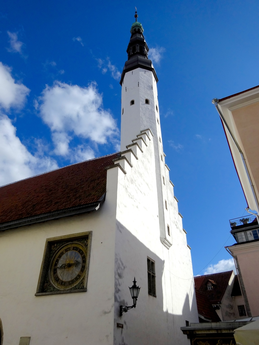 Top 9 things to do in Tallinn: Holy Spirit Church