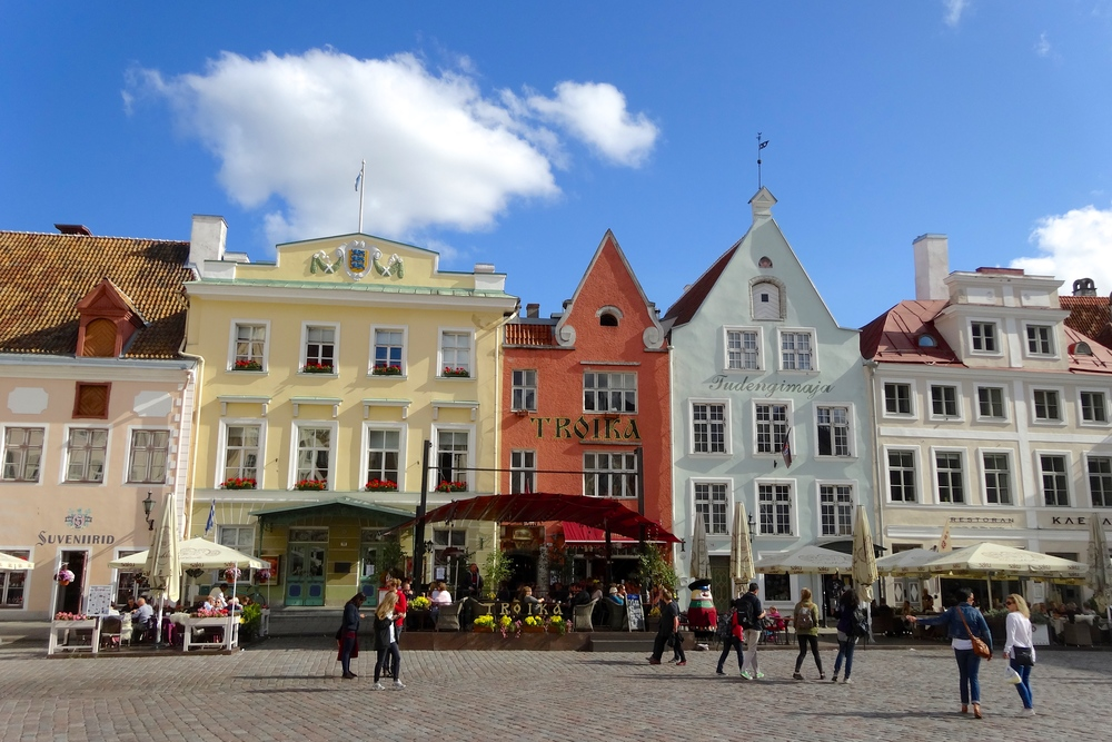 Top 9 things to do in Tallinn: Raekoja Plats