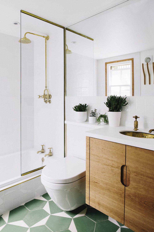 gypsy hill bathroom carpenter cherry wood corian worktop