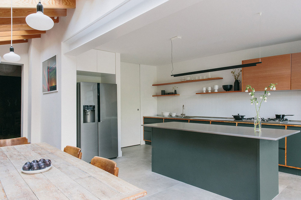 shaker kitchen design, bespoke kitchen, west and reid, kitchen London, olive, wood