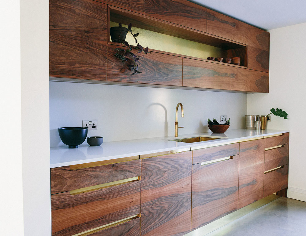 walnut, bespoke kitchen, London kitchen, shaker design, beautiful, handmade