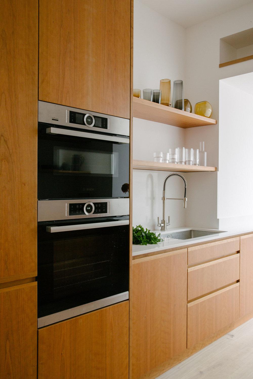 veneering kitchen cupboard