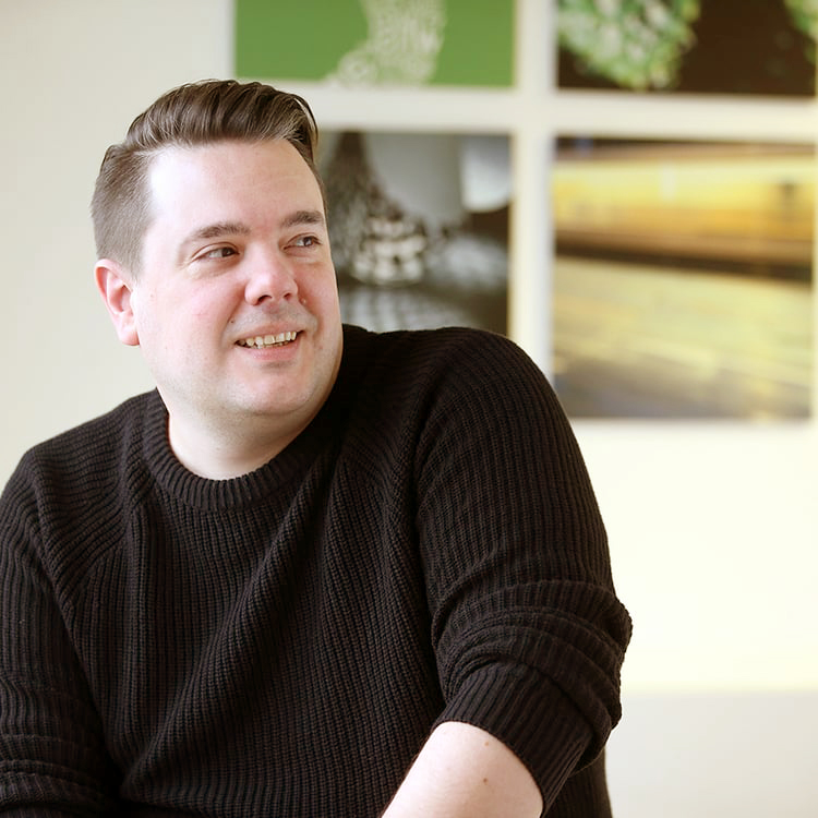 Jens Tippel Grafik | Layout   +49 (711) 23886-28  jens.tippel@pressecompany.de