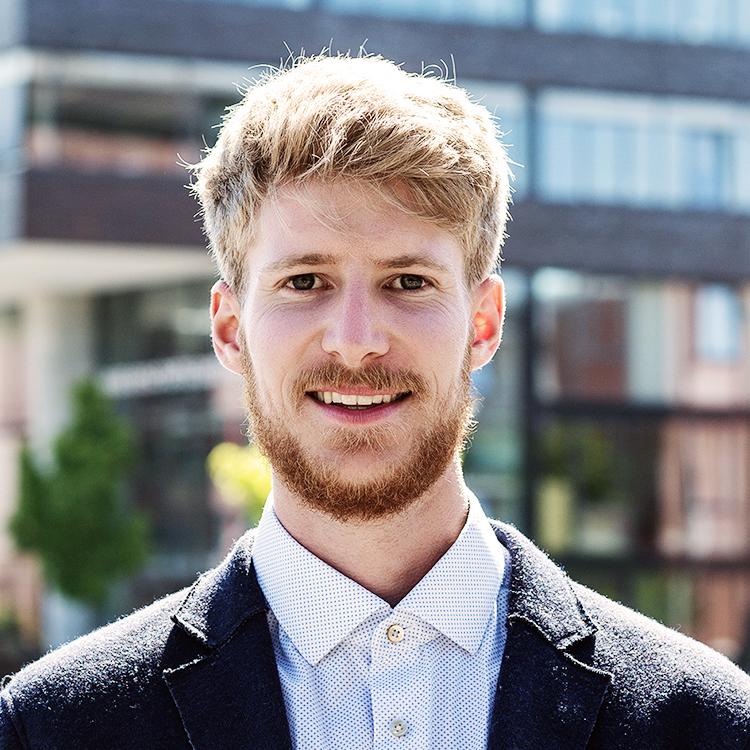 Leif Weibrecht CEO & Webentwickler  +49 (431) 90886979  info@simplefox.de   www.simplefox.de