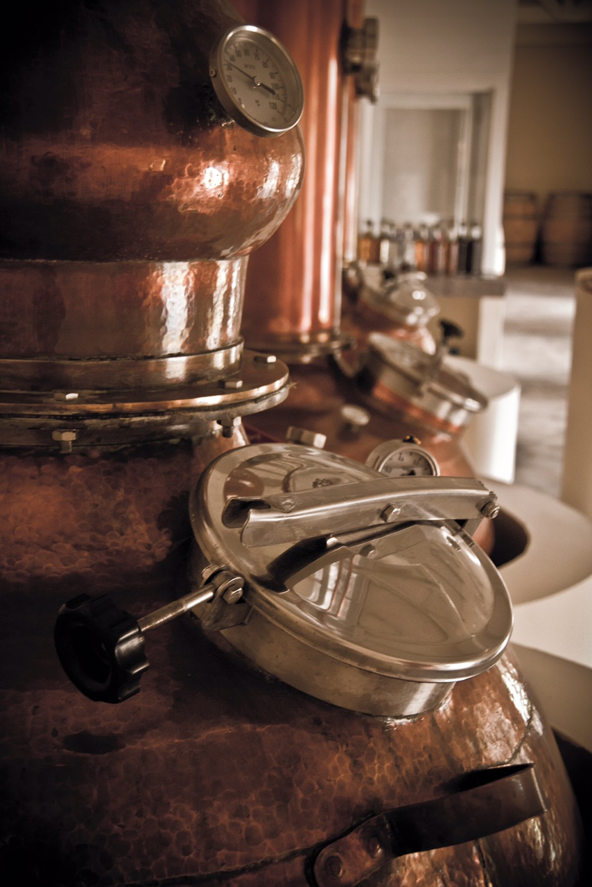 Copper Distilling pot