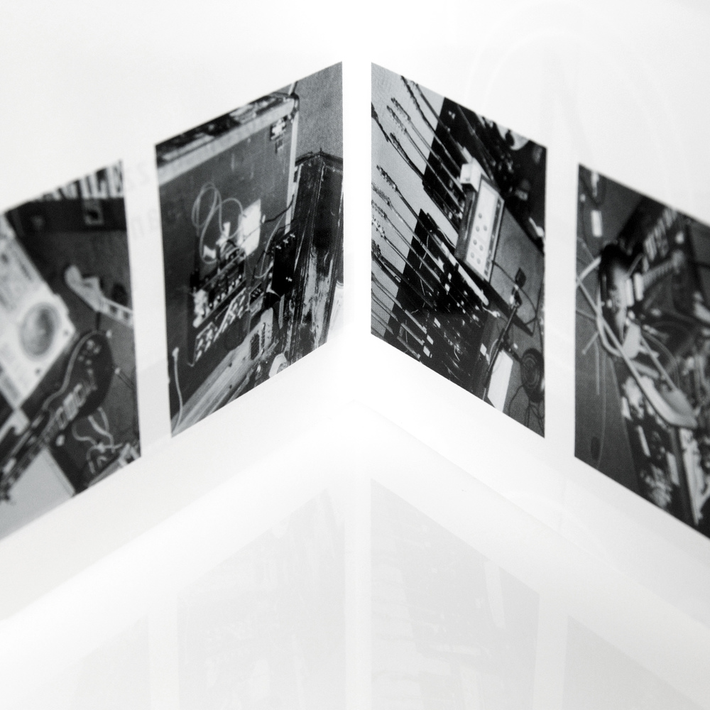 Loren Mazzacane, Jean-Marc Montera, Thurston Moore, Lee Ranaldo (1997)