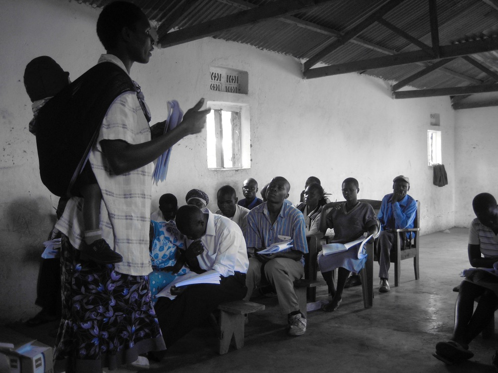 New VHT-Plus training sessions, Manafwa Distract, 2013 (photo credit Douglas DaSilva)