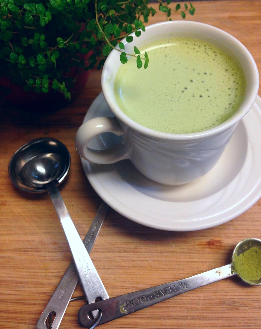 coconut milk matcha latte with organic coconut milk, gluten free, dairy free, vegan