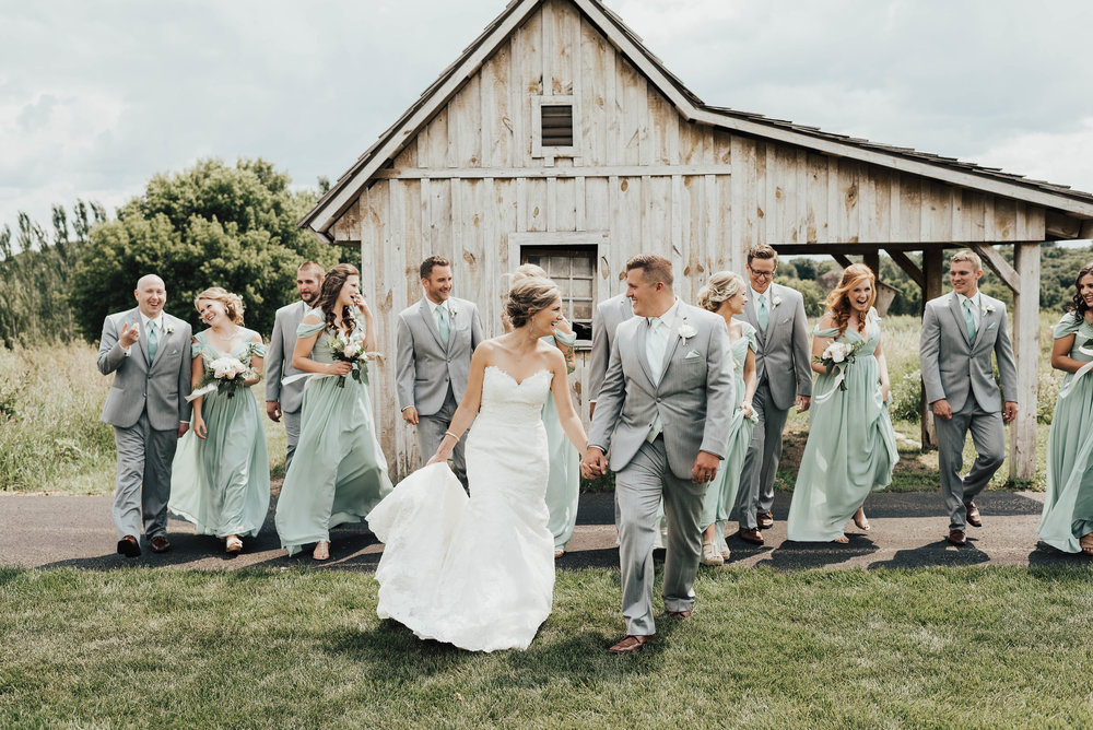 Rustic MN Wedding Venue with Barn