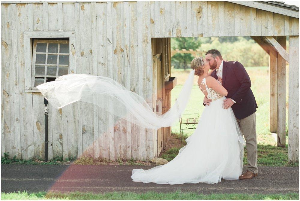 Minnesota-Wedding-Venue- Chaska-MN-Rustic-Barn-Weddings_0559.jpg