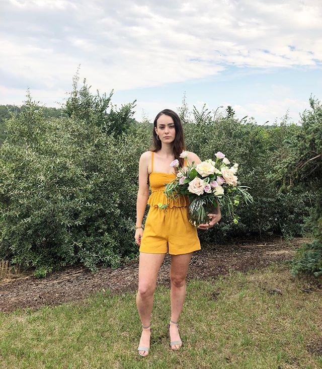wedding guest/florist vibe 👋🏻🌈