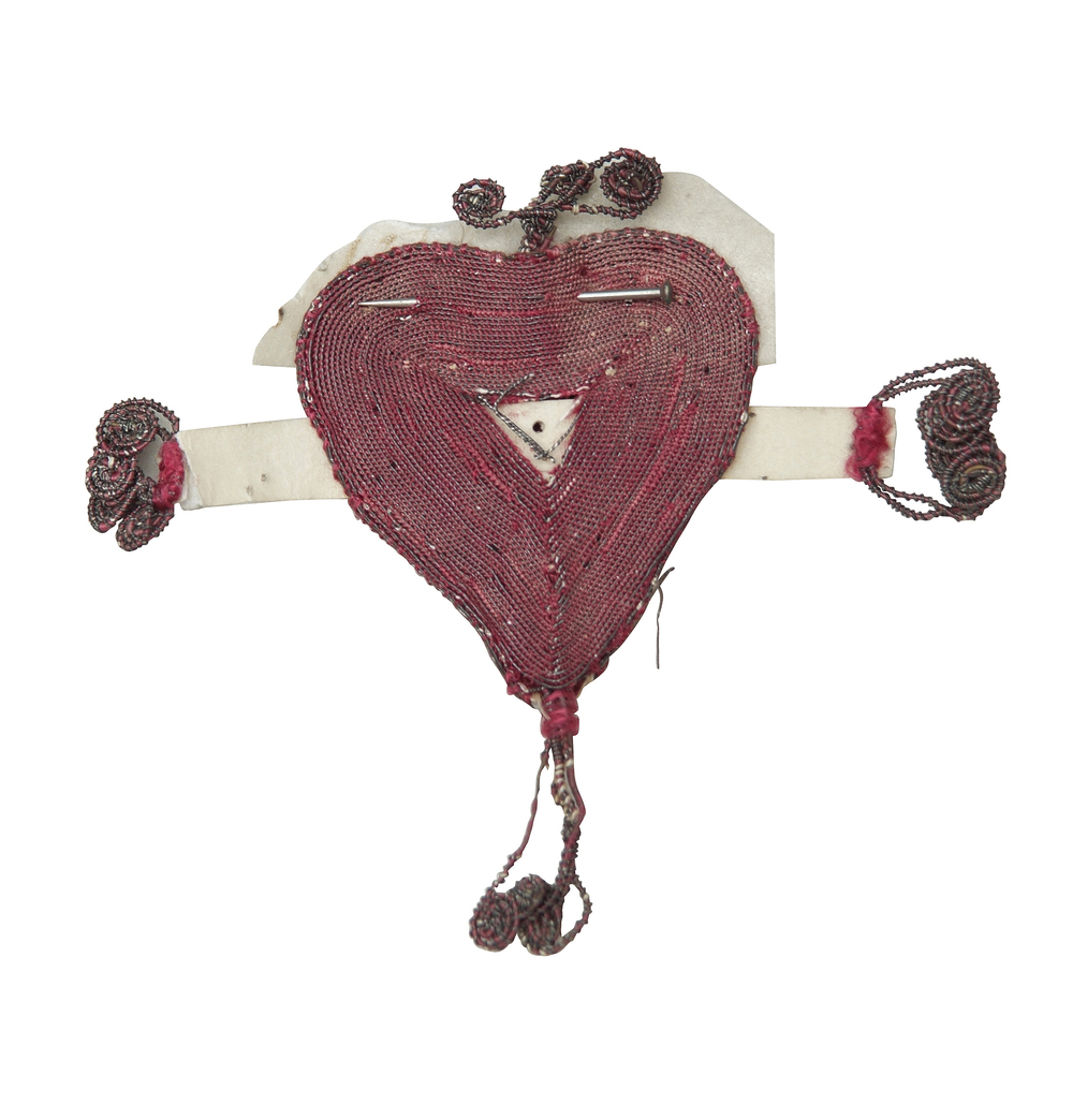 Red heart token © The Foundling Museum