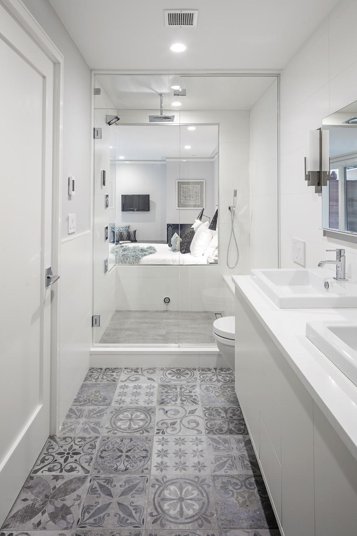 1 - Bath.jpg