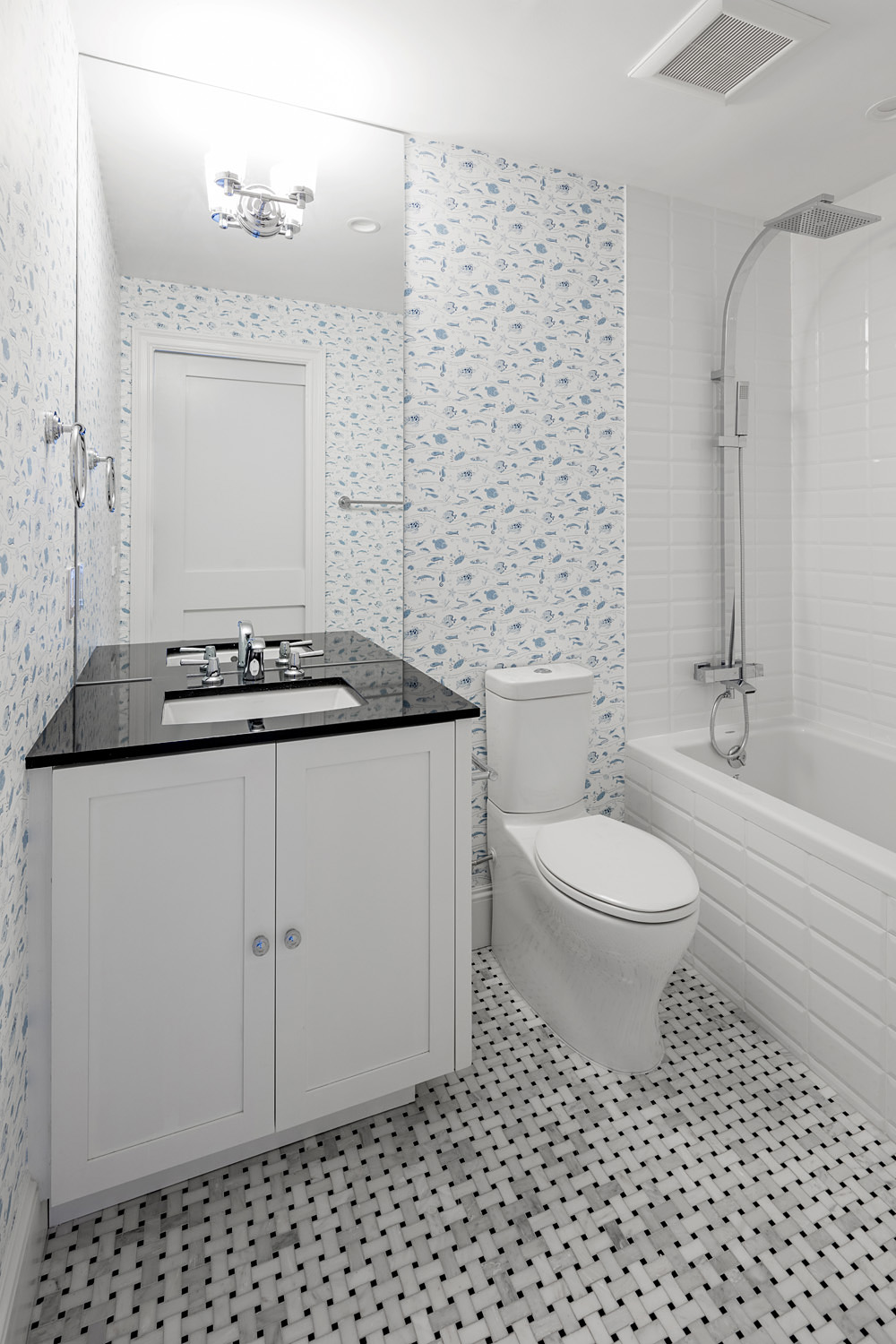 2 - Bathroom 2nd.jpg