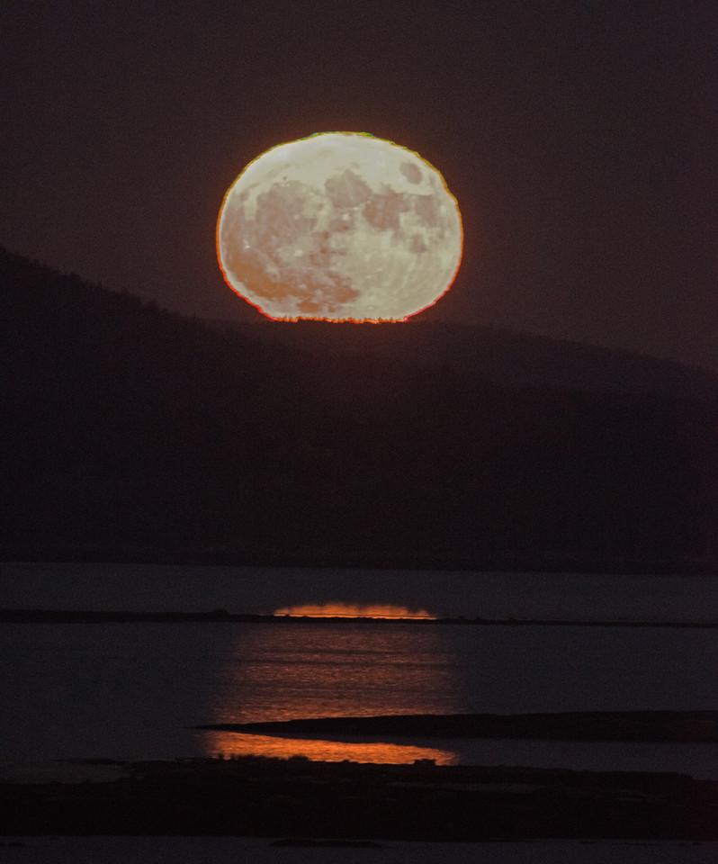 Moon-03.jpg