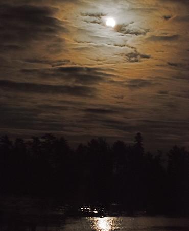 Moon 04.jpg