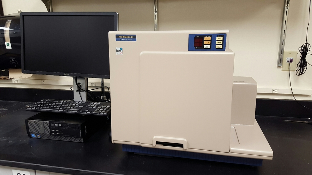 My favorite plate reader (and yes, I am at that point in my life where I have a favorite plate reader...) the MolecularDevices Flexstation 3.
