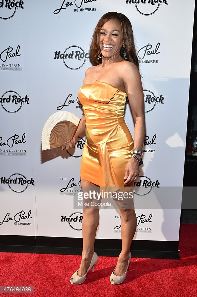 476484938-sonya-hensley-attends-the-les-paul-100th-gettyimages-1.jpg