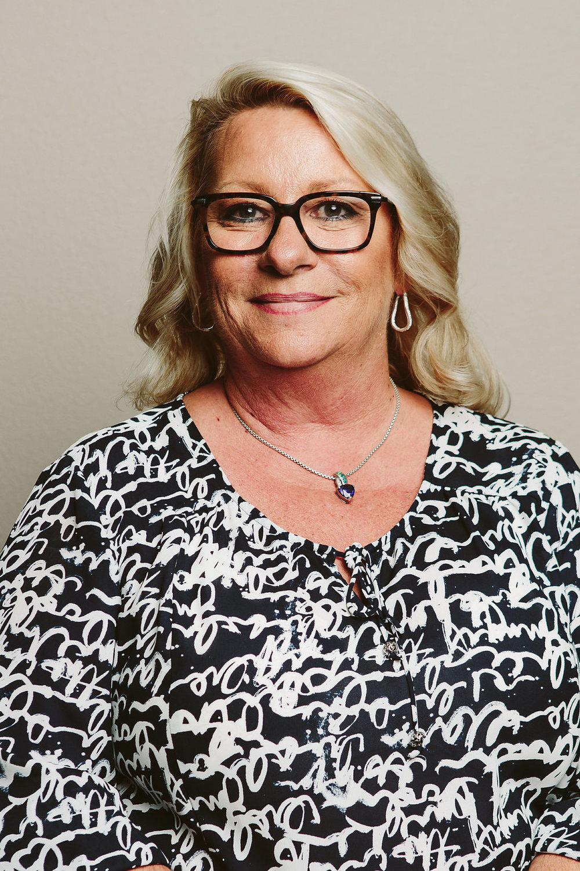 Pam Nola - Controller
