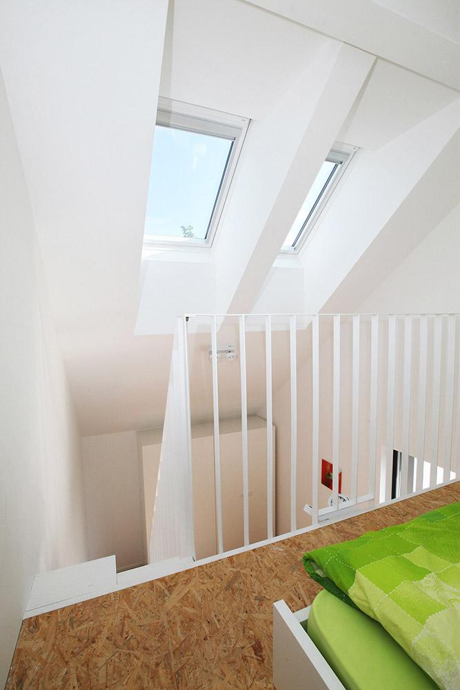 izkoriščen volumen otroške sobe