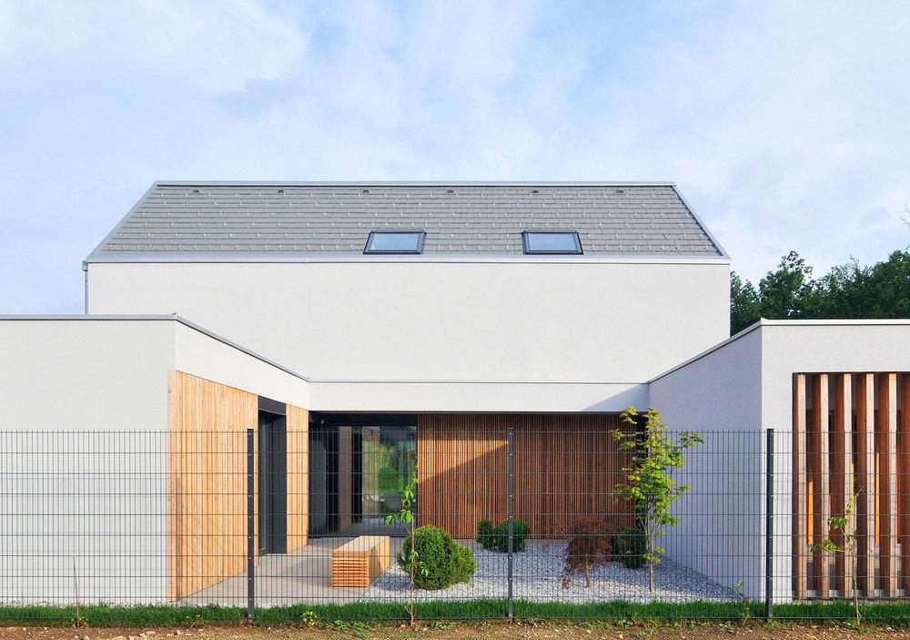 Realizacija - zahodni atrij aktivne hiše Lumar