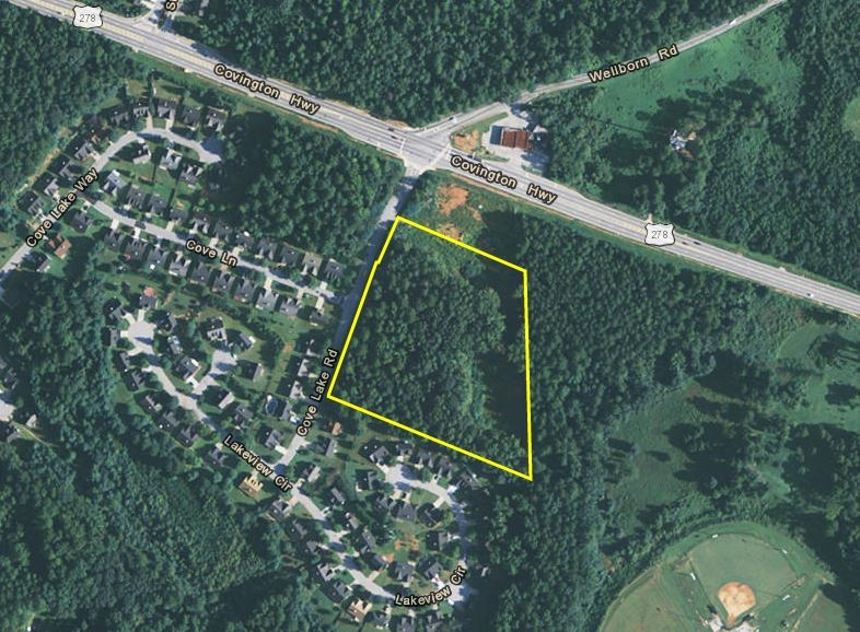 2374 Cove Lake Rd_Outlined Aerial.JPG
