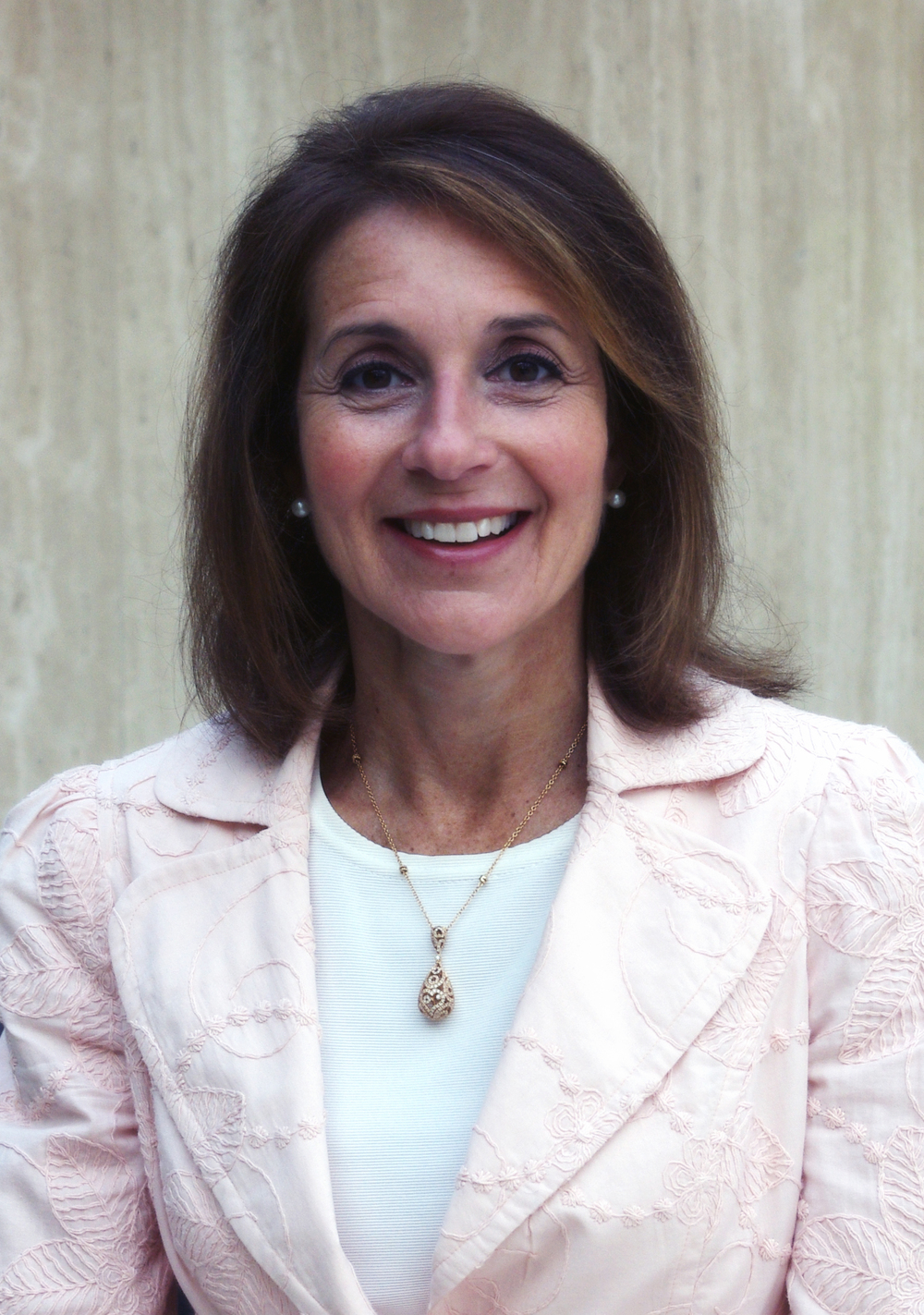 Brianne Weingarten, Advancing Women Executives Leader