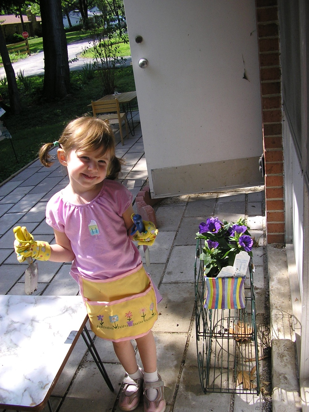 Flower planting in the Primary in 2006.  Mary Claire had already been at VdM for a year at this point!