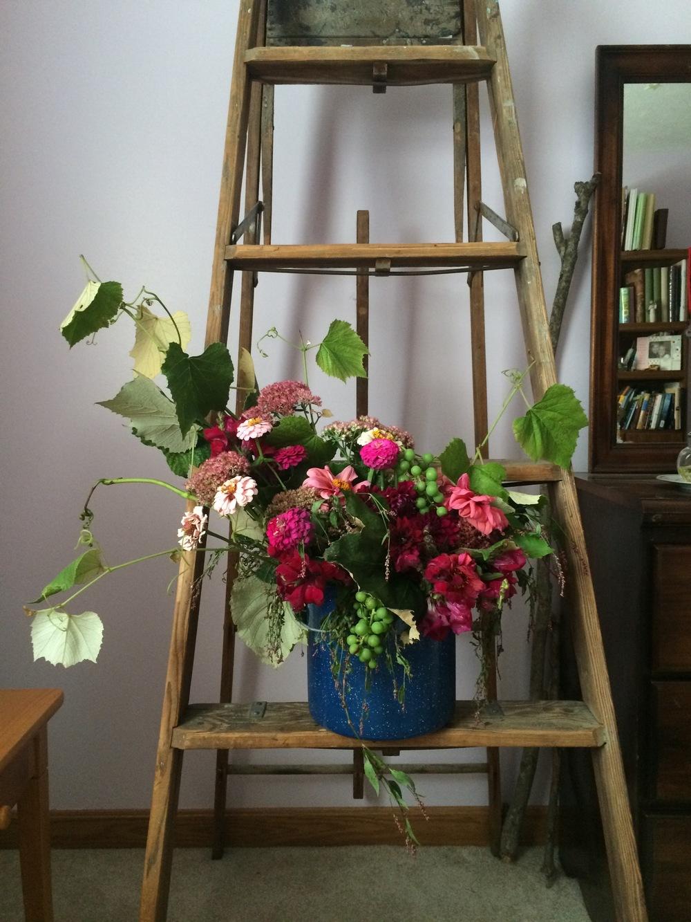 Bouquet - Grapevines, Sedum, Burgundy Snapdragons, Dalina Grande Castillo Dahlia, Dahlia (pinkish orange flower), zinnia, smartweed.