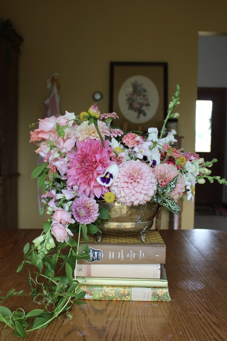 Vintage Pink Bouquet | Loveshyla.com