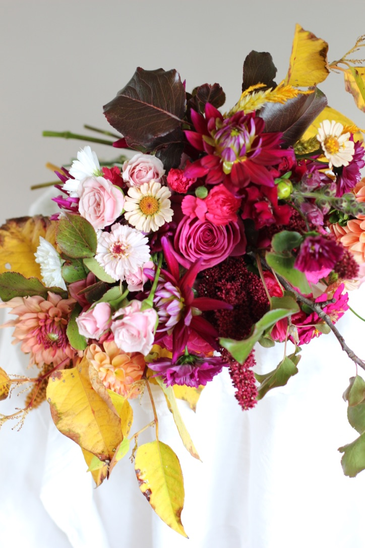 Falling into Autumn Bouquet | Yellow leaves, burgundy, rose, pink, cream, peach | loveshyla.com
