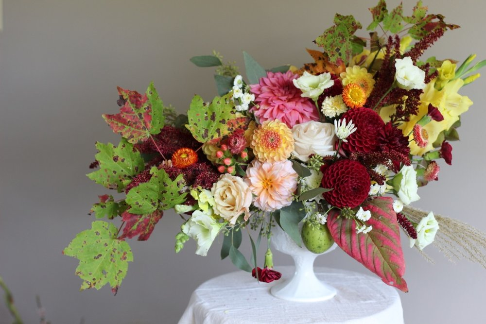 Taste of Fall | Dahlia, rose, foliage, autumn colors | loveshyla.com