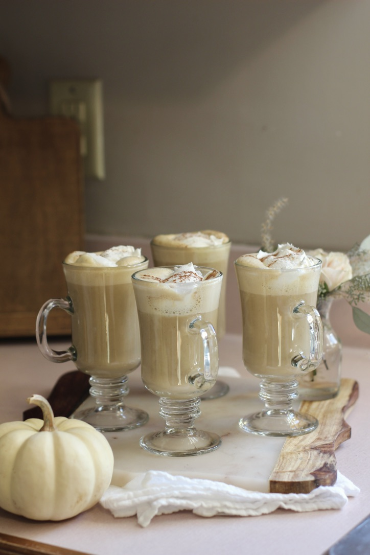 Our Thanksgiving Table | tablescape, thanksgiving meal, pumpkin pie, pumpkin latte | loveshyla.com.jpg