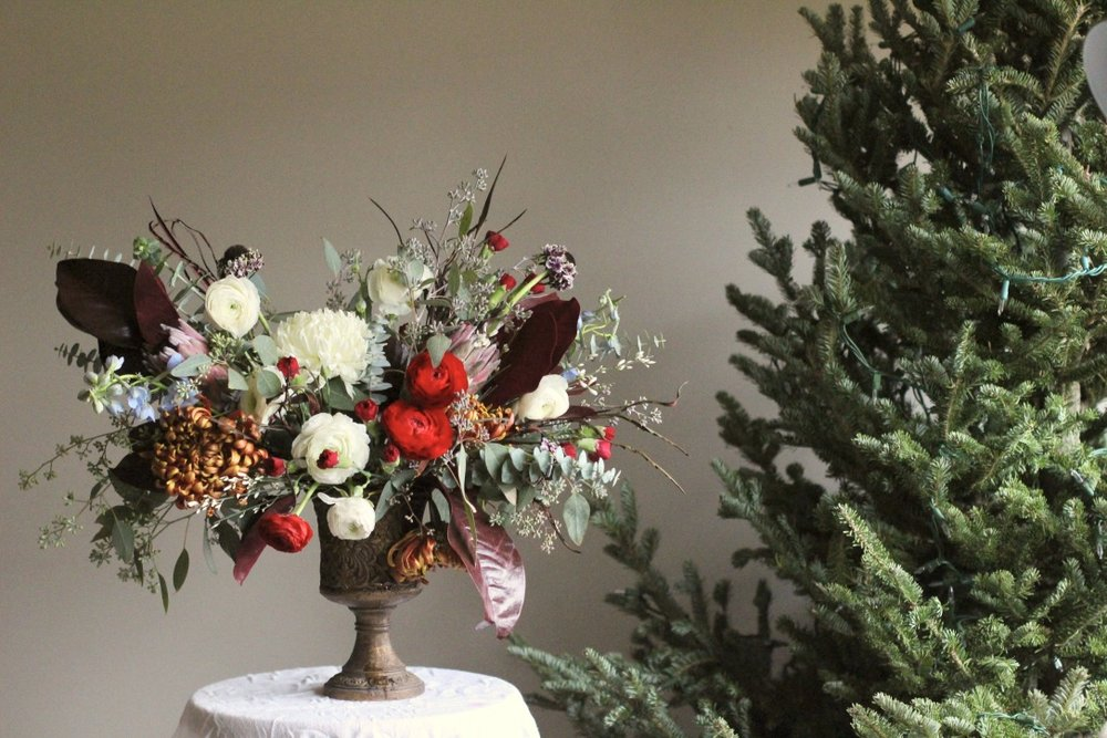 Winter Traditional Bouquet | Red, burgundy, ivory, green, copper, ranunculus, magnolia leaf, eucalyptus | Wedding Florist | Loveshyla.com