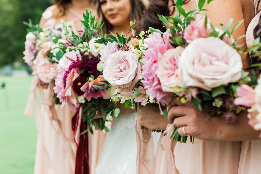 UNADJUSTEDNONRAW_thumb_b16f.jpgRomantic Autumn Wedding | Pete Dye Golf Club, West Virginia Wedding, Lush, Romantic, Burgundy, Red, Oxblood, Fuschia Flowers by loveshyla.com