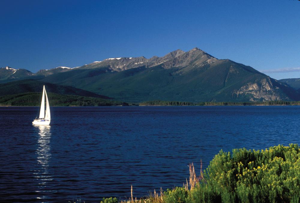 03-Sail Boat Lake Dillon.jpg