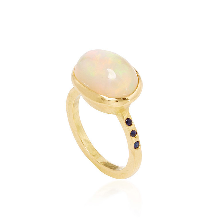 18k yellow gold, opal, and sapphire ring