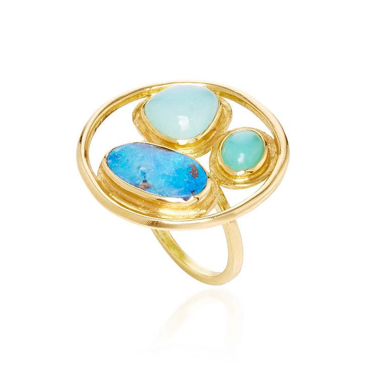18k yellow gold and opal circle ring
