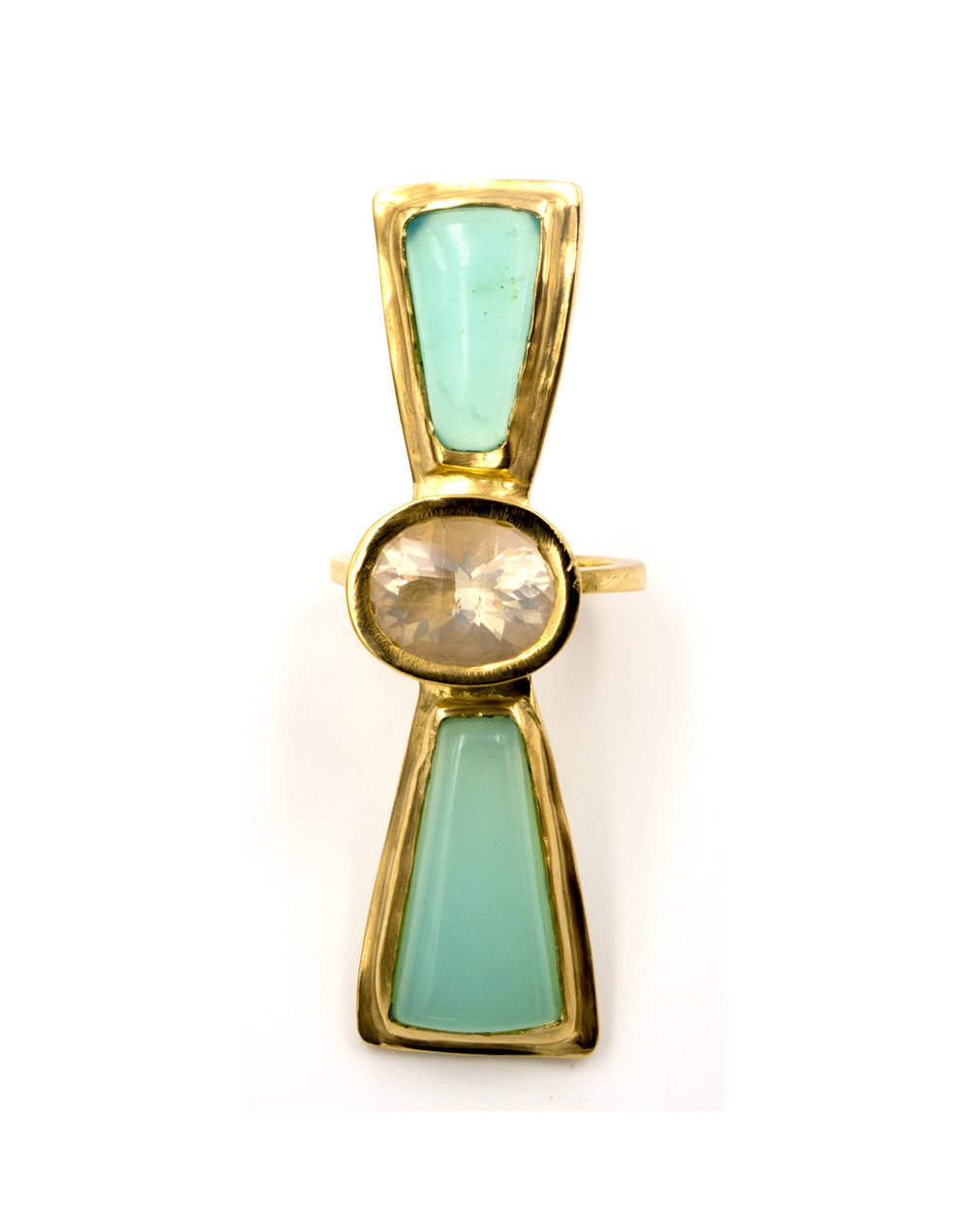 18k yellow gold and opal long ring