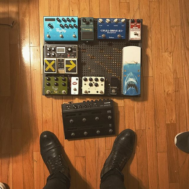 Dear pedals, Ya boy is coming back home. Love, @bootsandboards . . . . #bootsandboards #geartalk #pedalboard #pedalboards #pedalboardoftheday #gearnerds #ambientnotes #guitar #jaws #strymon #teamdd20 @clarksshoes