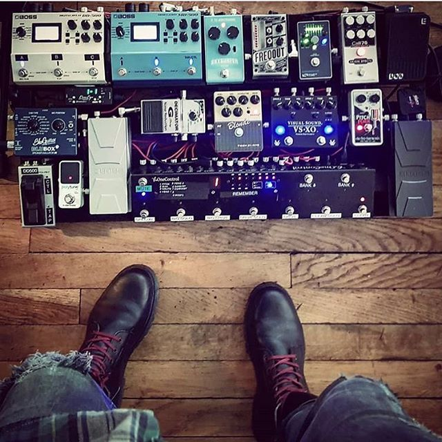 @mikegattomusician you get a perfect 10/10 👞's for this one. That's almost all of them. V nice job sir. . . . . . #pedalboard #bootsandboards #pedalboards #geartalk #gearnerds #guitar #instaguitar  #gearpassion #pedals #guitareffects #geartalk #gearpost #instadaily #guitarplayer #geartopia #guitarist