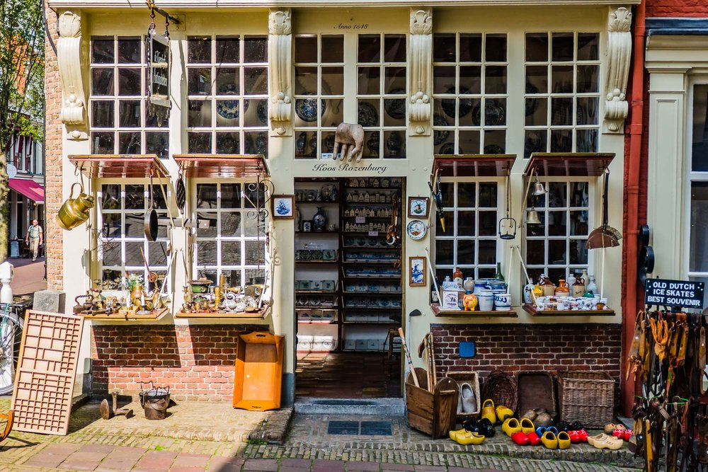 Delft Antique Shop