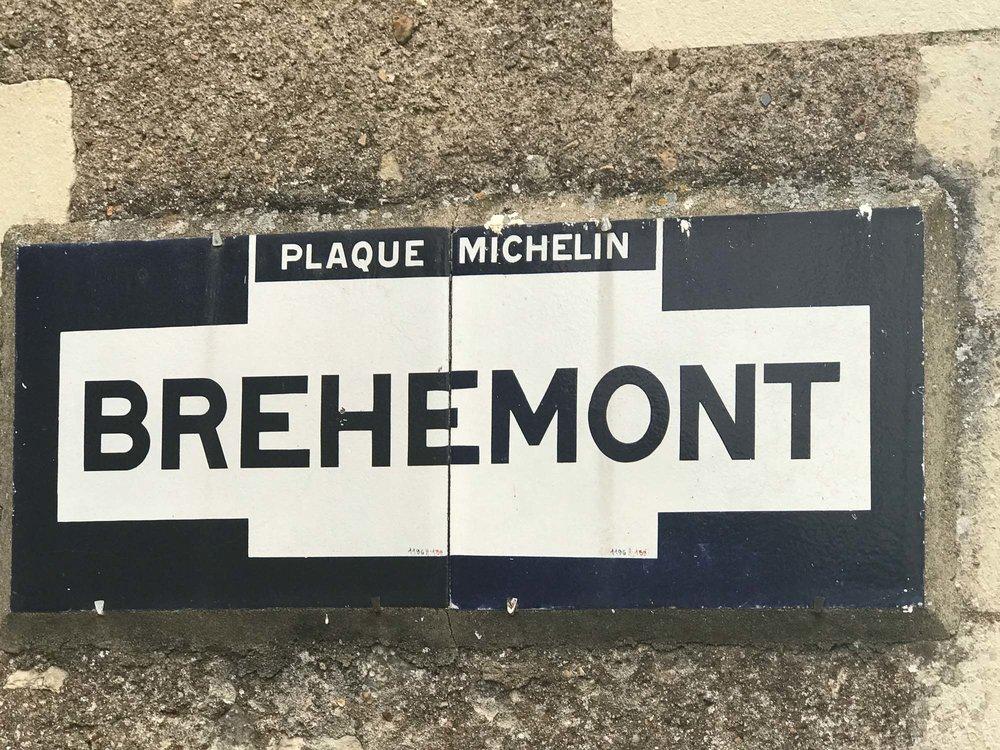 Bréhémont