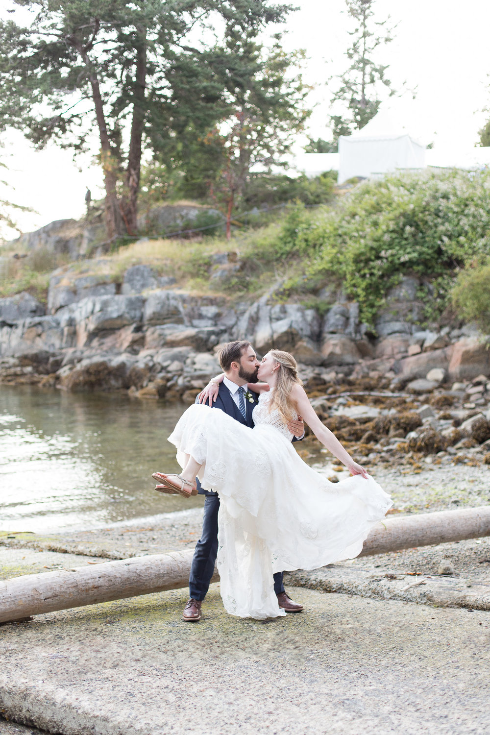 bc-weddings-rockwater-darcy-steffi.jpg