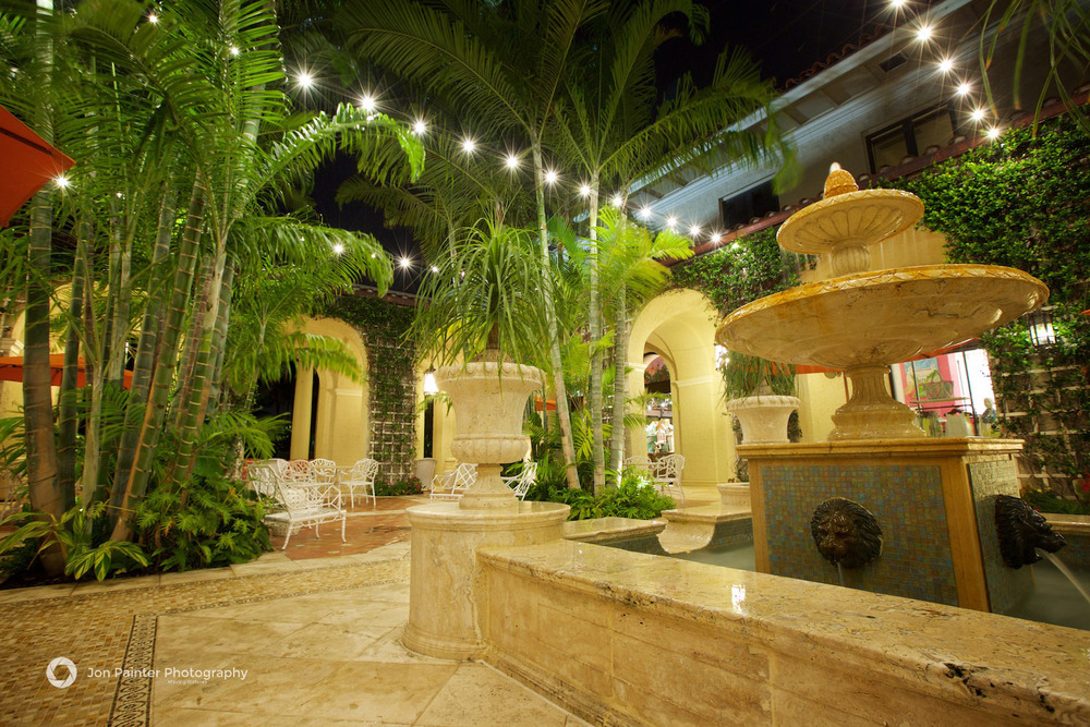 The Palm Courtyard at The Breakers, Palm Beach, Florida