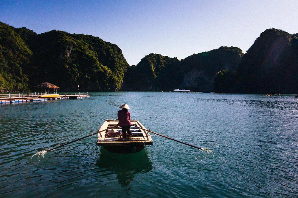 halong-bay-vietnam.jpg