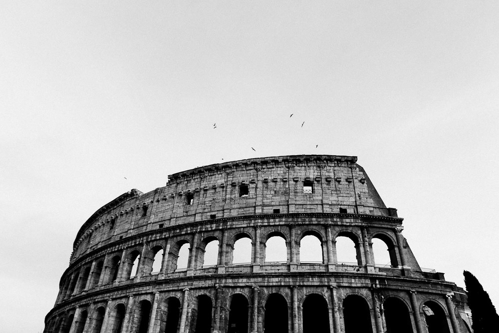 coliseum-in-black-and-white-rome.jpg