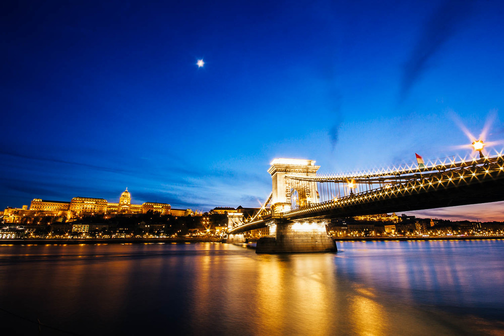 budapest-night-photography.jpg