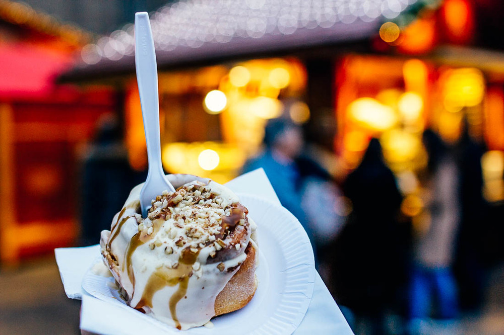pecan-cinnamon-roll-southbank-chistmas-london.jpg