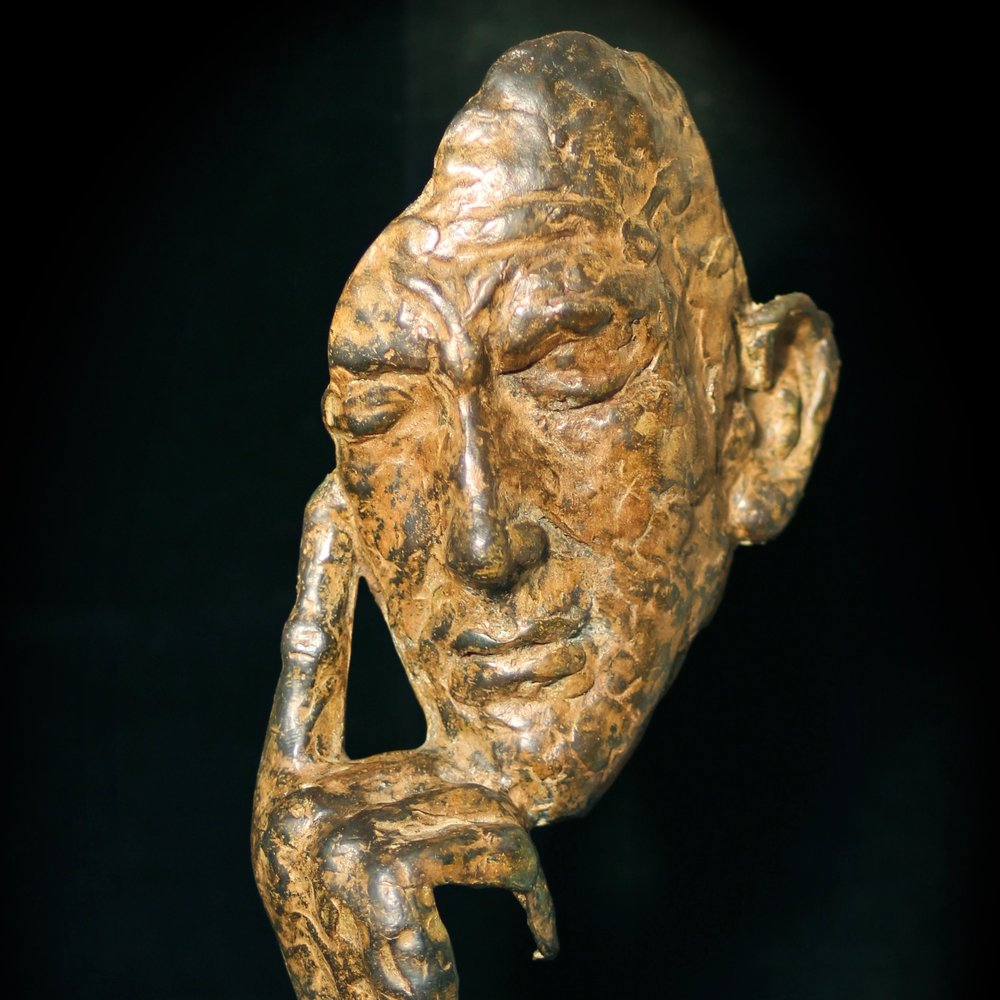 The Mystery of the Noël Coward Bronze